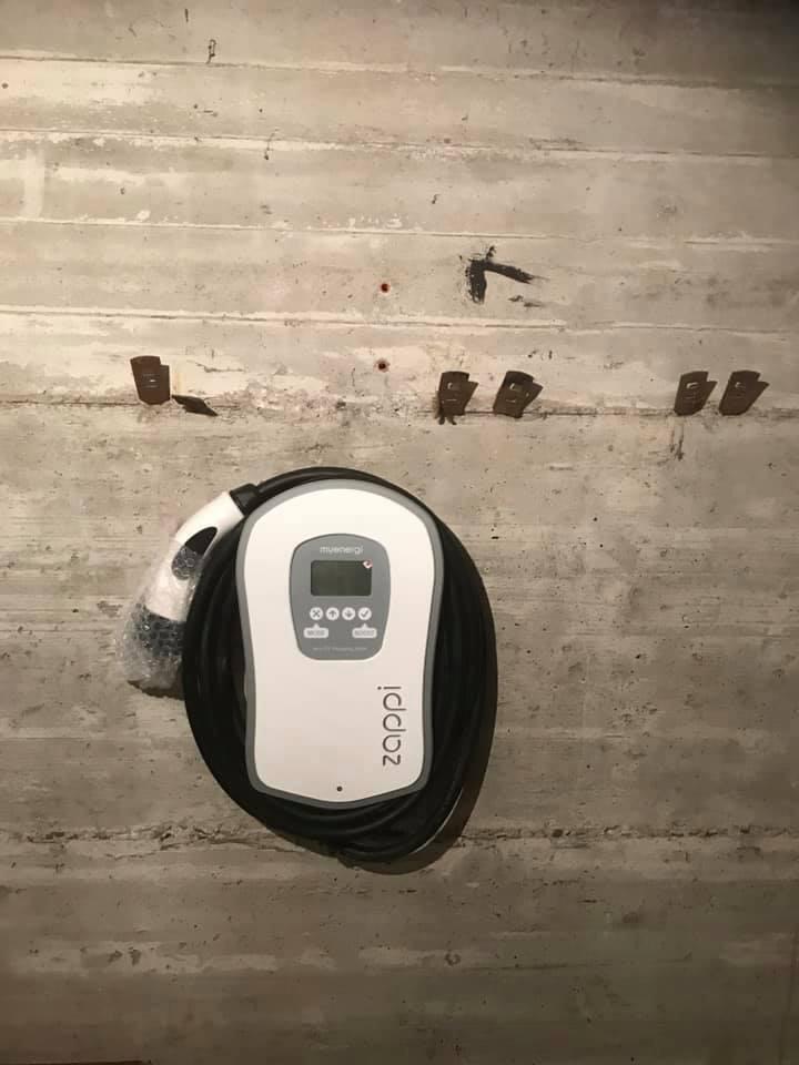 Borne-recharge-voiture-verteck
